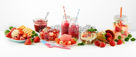 strawberry, themed, panorama, of, fresh, fruit - 25177486