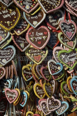 gingerbread hearts at a stall oktoberfest