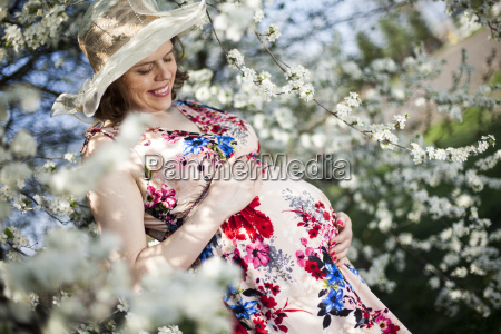 flower, garden, , orchard, , pregnant, woman - 25210082