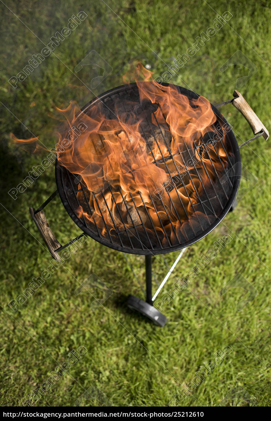 grill, on, the, garden, , barbecue, and - 25212610