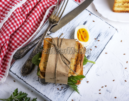a, sandwich, with, vegetables, and, an - 25243858