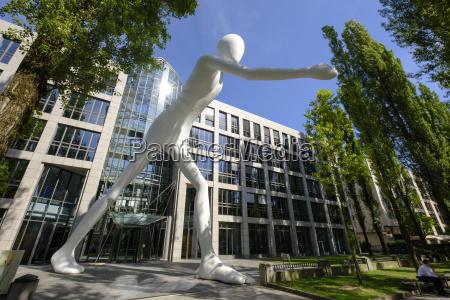sculpture walking man by jonathan borofsky