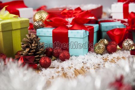 christmas, gift, box, and, balls, on - 25334516