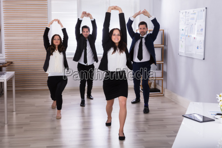 businesspeople, doing, stretching, exercise - 25335948