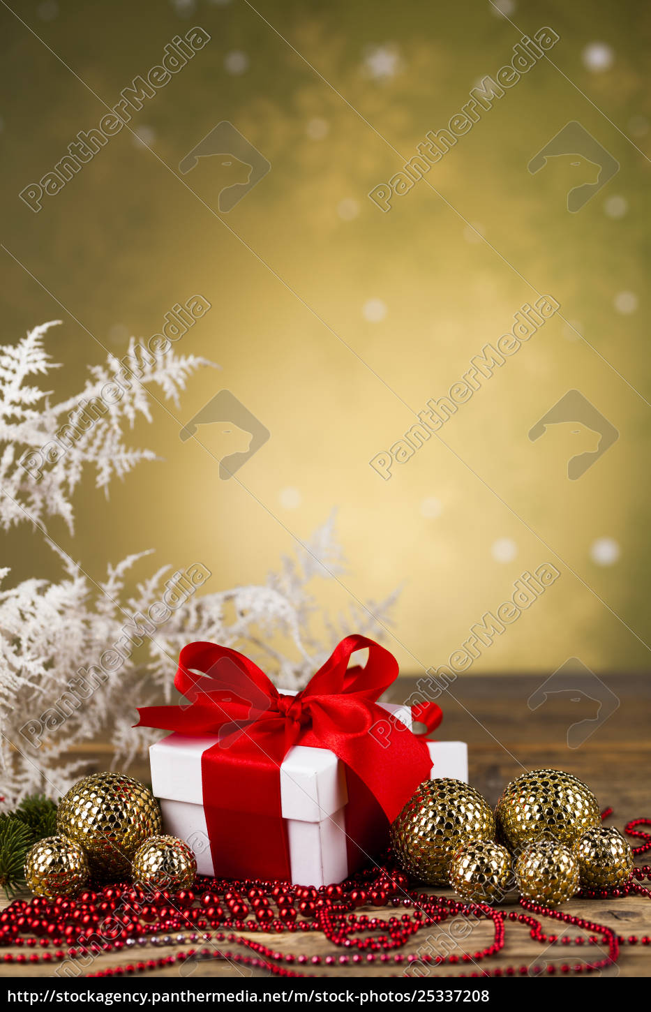 christmas, balls, , gift, box, with, red - 25337208