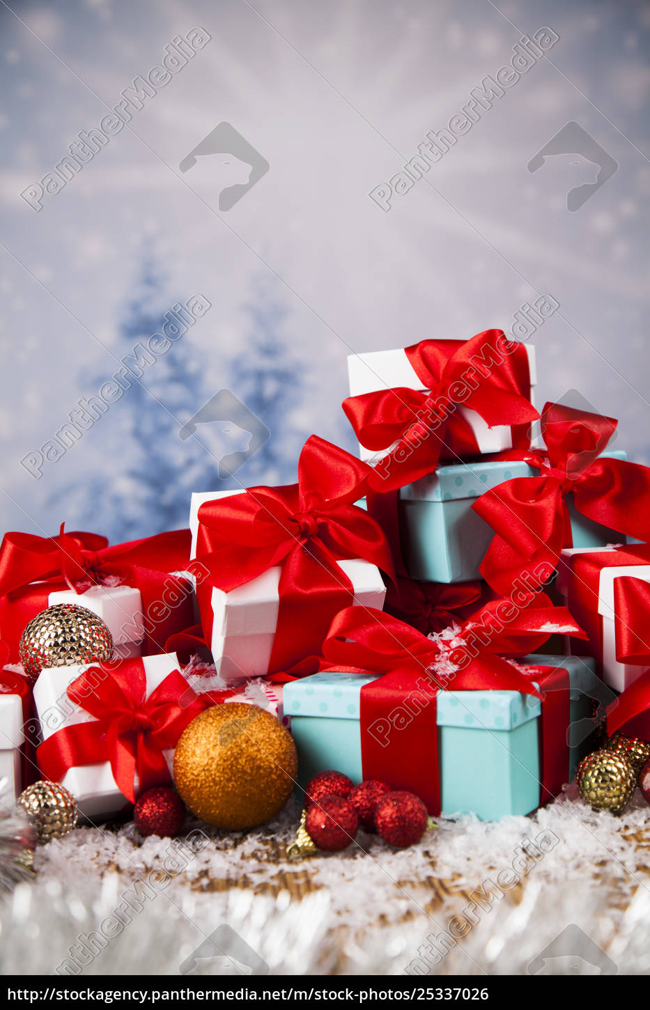 christmastime, celebration, , gift, box, with, red - 25337026