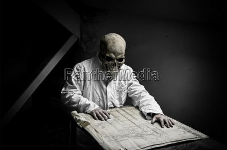 doctor physician medic medical practicioner humans