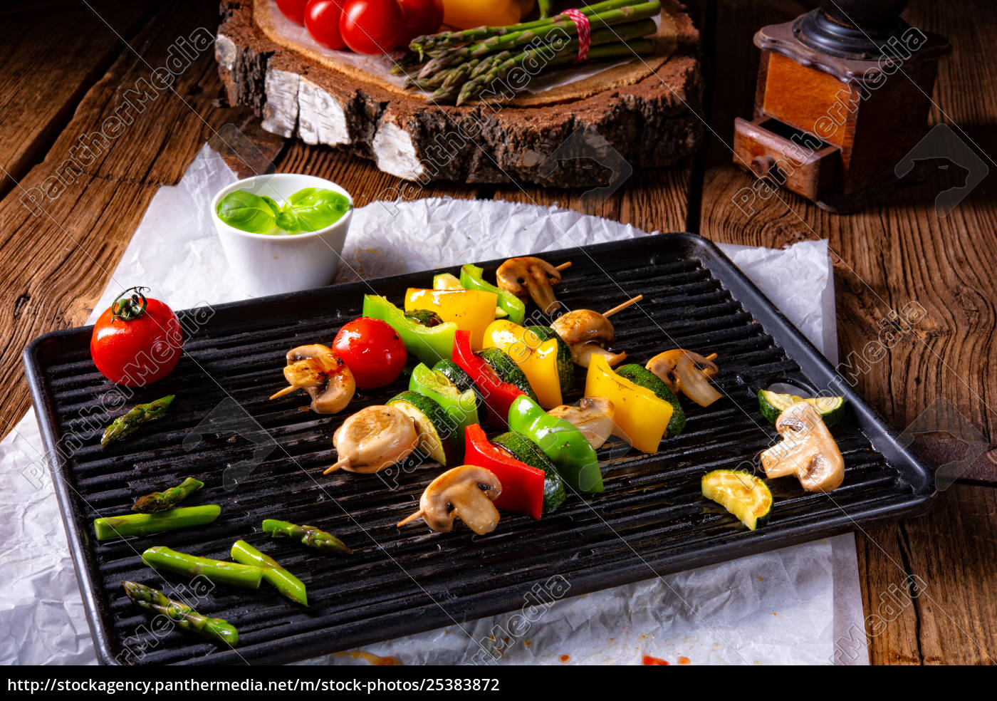 rustic, vegetable, shashlik, with, green, asparagus - 25383872