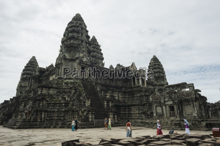 the most impressive temple of angkor