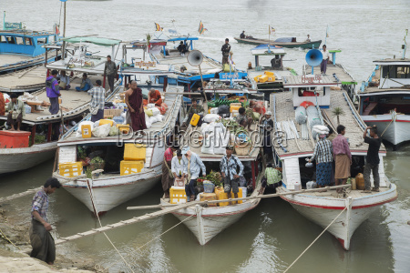 boats tied up on the mandalay