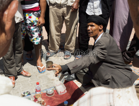 jemaa i fna street vendor marrakech