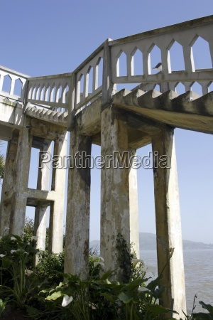 structure in golden gate national recreation
