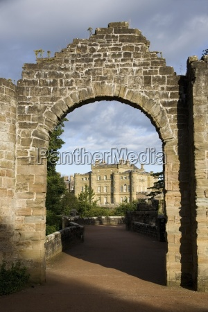 an, archway, leading, to, a, large - 25415250