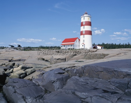 pointe des monts lighthouse cote nord