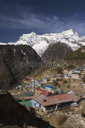 the town of namche bazaar khumbu