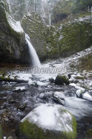 aguas invierno eeuu arroyo rocas rock