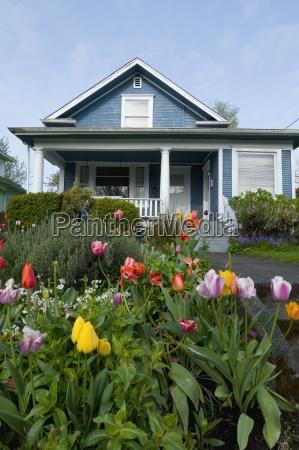 garden and house exterior portland oregon