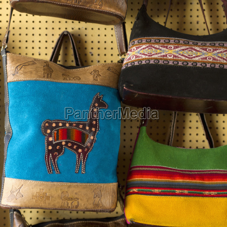 bags for sale in barrio de