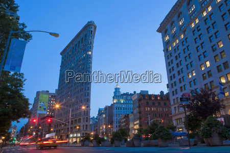 flatiron building new york city new