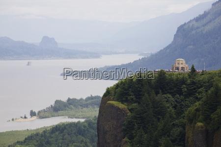 crown point and vista house in