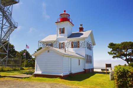 yaquina, bay, lighthouse;, newport, oregon, united - 25436800