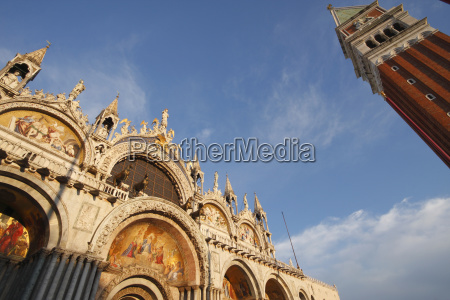 st markss basilica and campanile off