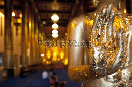 buddhas hands in chedi luang temple