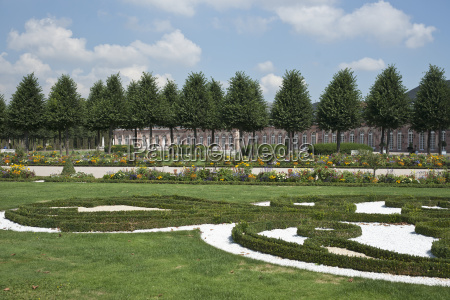 schloss schwetzingen palace parterre in the