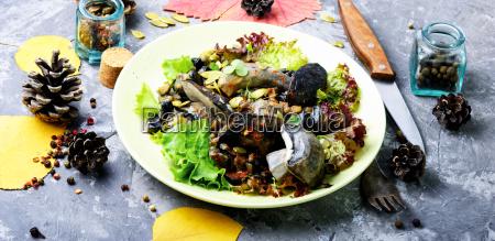 vegetarian, salad, with, mushrooms - 25441604