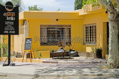 colourful restaurant with outdoor barbecue chacras