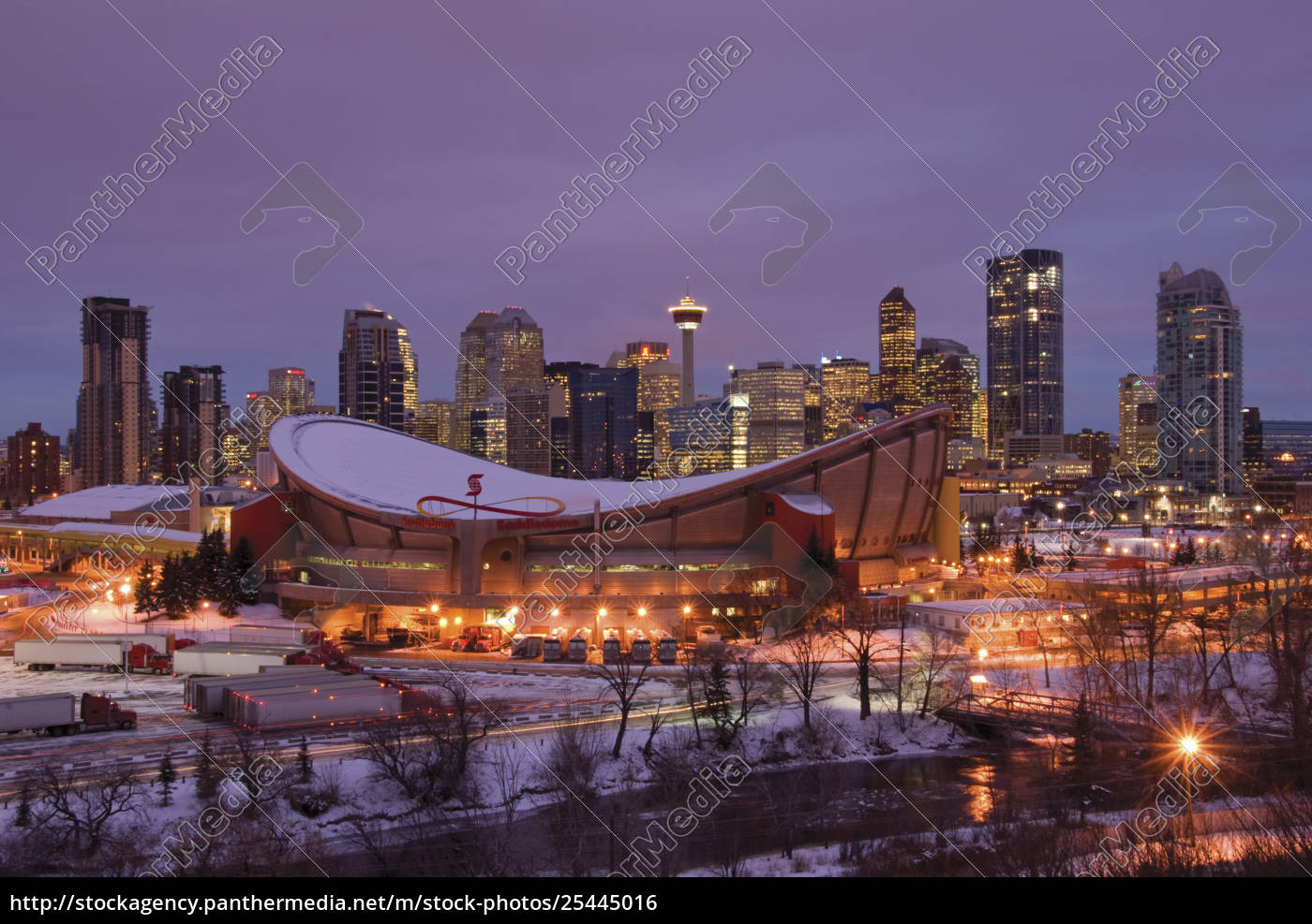 Rights Managed Image 25445016 Winter Sunrise On The City Of Calgary And The Saddledome