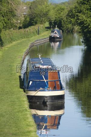 united kingdom england llangollen canal narrow