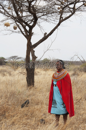 kenya woman dressed in colorful clothing