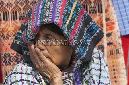 old tzutjil maya woman santiago de