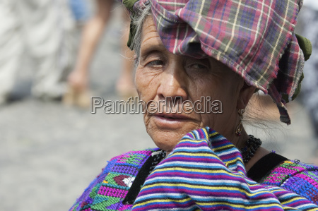 old maya woman antigua sacatep