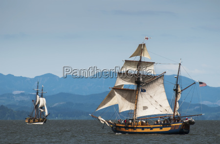 tall ships sail on the columbia