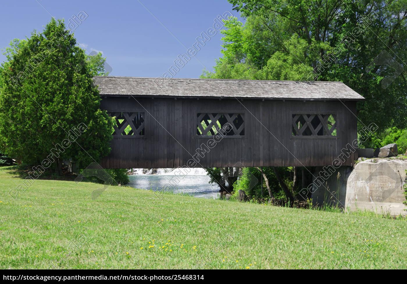 covered, bridge, over, la, chute, riverwalk, - 25468314