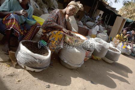 vendors in market at bamako mali