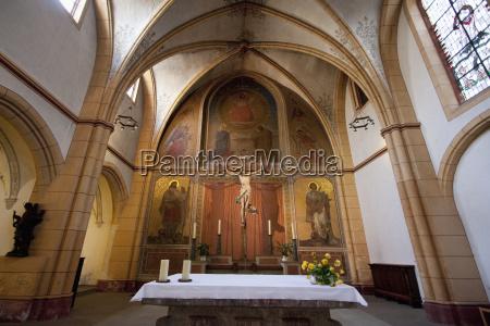 high altar in st gangolf church