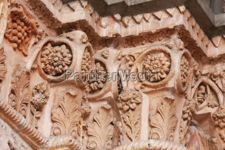 columns of the neo romanesque entrance