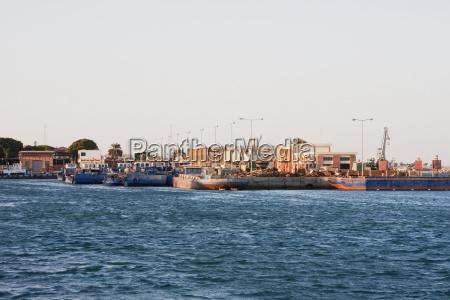 port facilities suez south sinai egypt