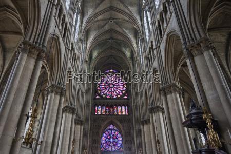 nave of the notre dame de