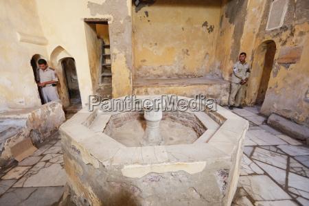 fountain in the warm room tepidarium