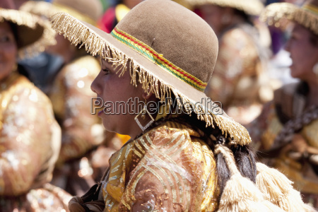 llamerada dancer in the procession of