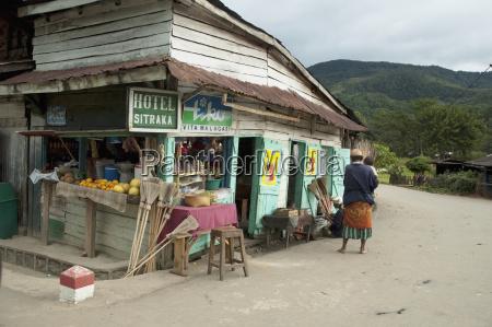 small grocery store in ranomafana fianarantsoa