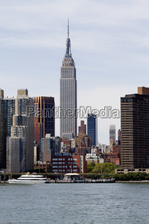 manhattan skyline as seen from the