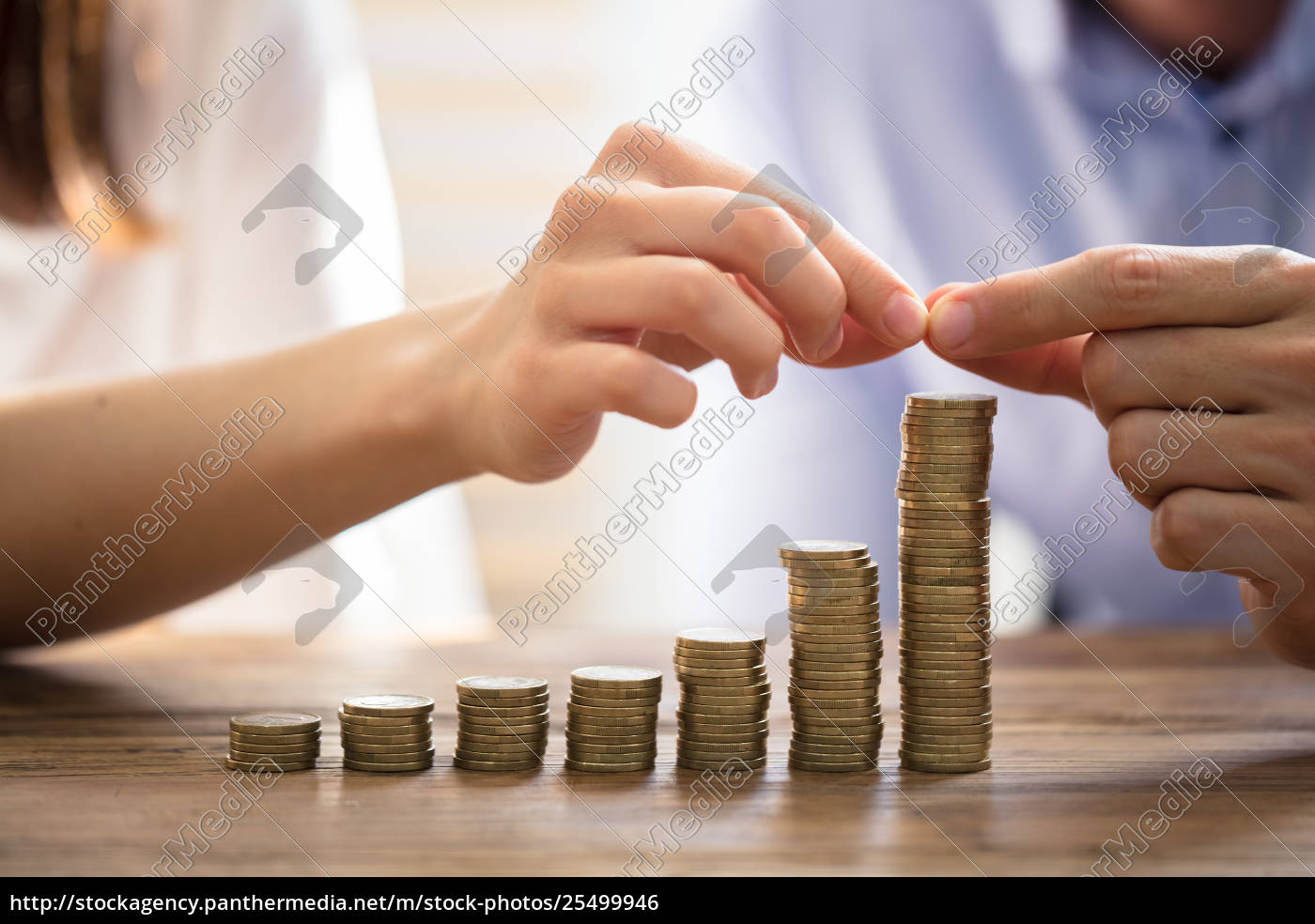 couple, stacking, golden, coins - 25499946