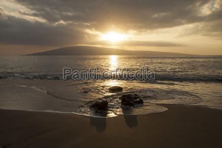 sunset over lanai isle lahaina maui