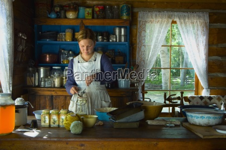 woman baking in the 1800s