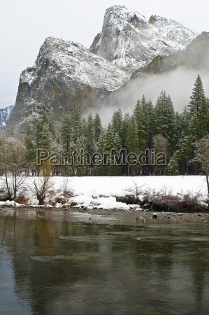 cathedral rocks in winter yosemite national
